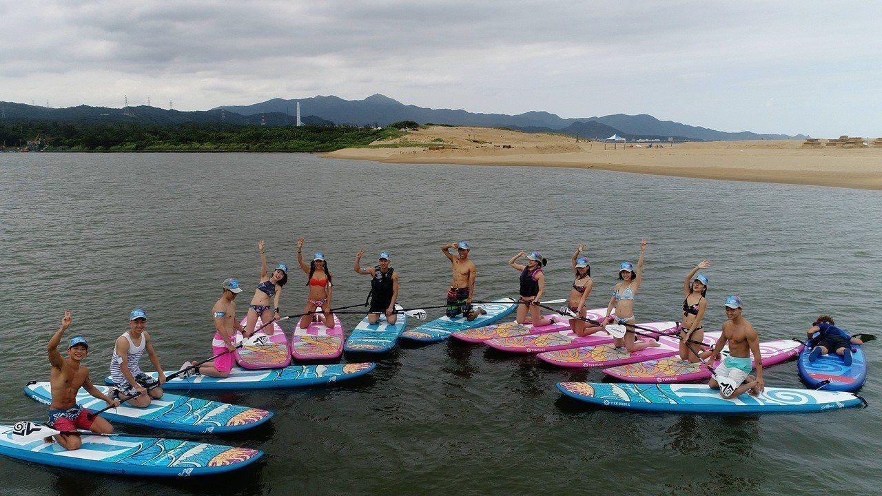 結合獨木舟與衝浪的特性,並在河流、海洋、湖泊都能玩的立槳運動SUP(Stand ...