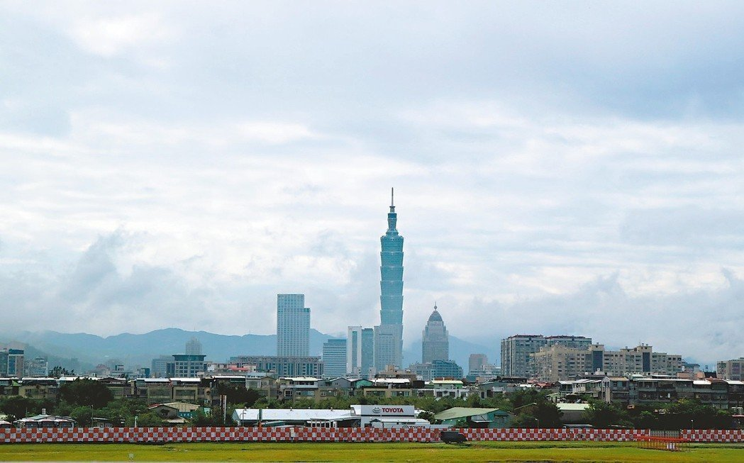 松山機場遷建,是多位台北市長「共同」政見 。圖/聯合報系資料照片