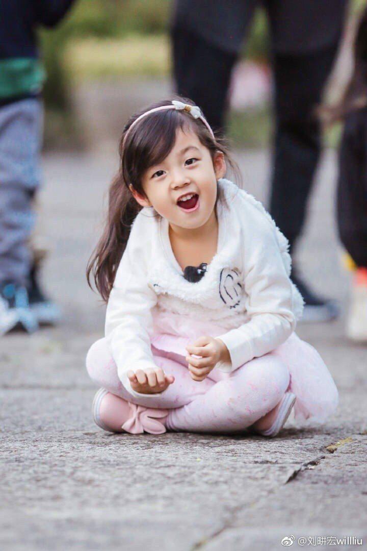 日前劉畊宏與女兒小泡芙(圖)參加親子實境秀「爸爸去哪兒」,在大陸意外爆紅。 圖/...