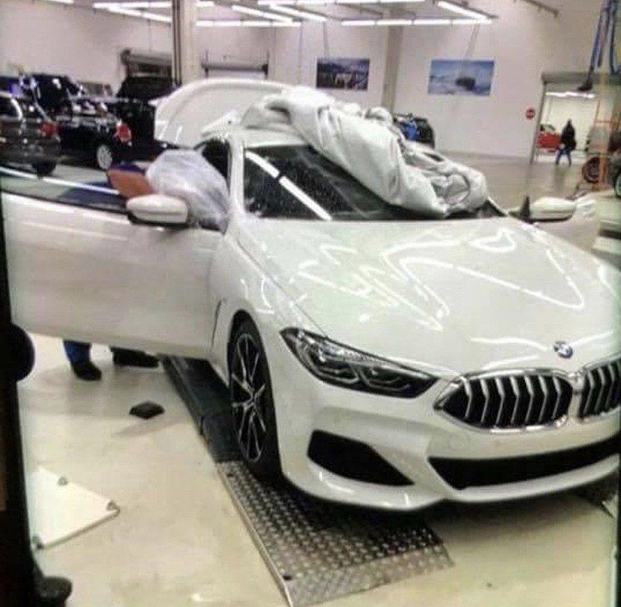全新BMW 8 Series無偽裝照。 摘自Motor 1
