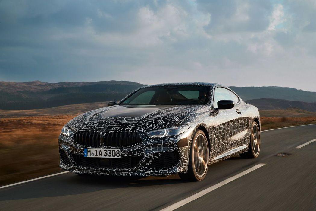 全新BMW 8 Series測試照(此為M850i xDrive車型)。 摘自BMW