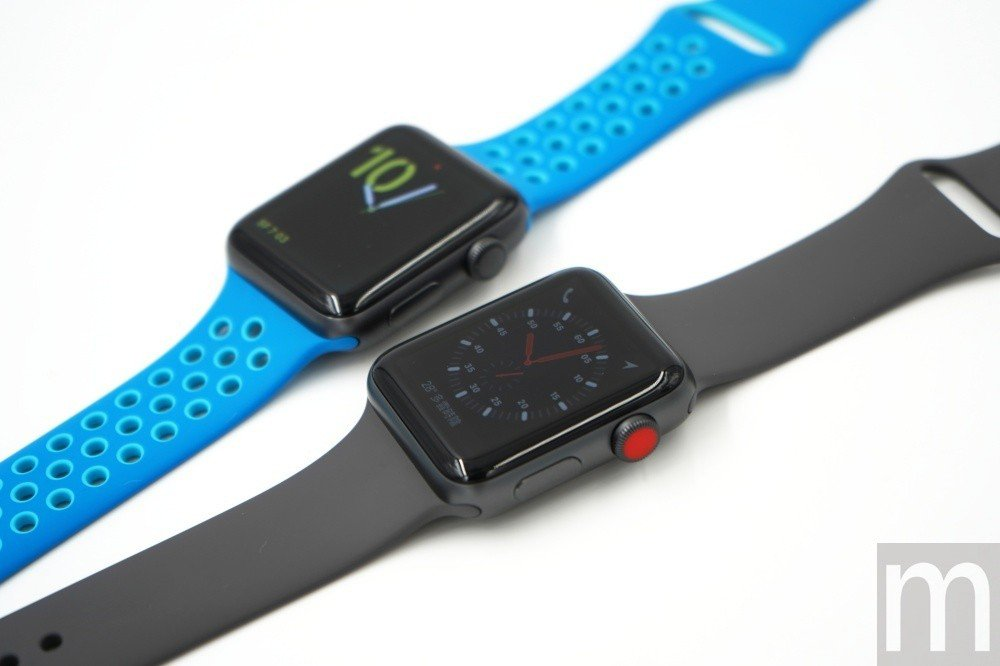 eSIM版外觀最大差別在於錶冠多了紅點識別設計,讓使用者可以很輕易地區分eSIM...