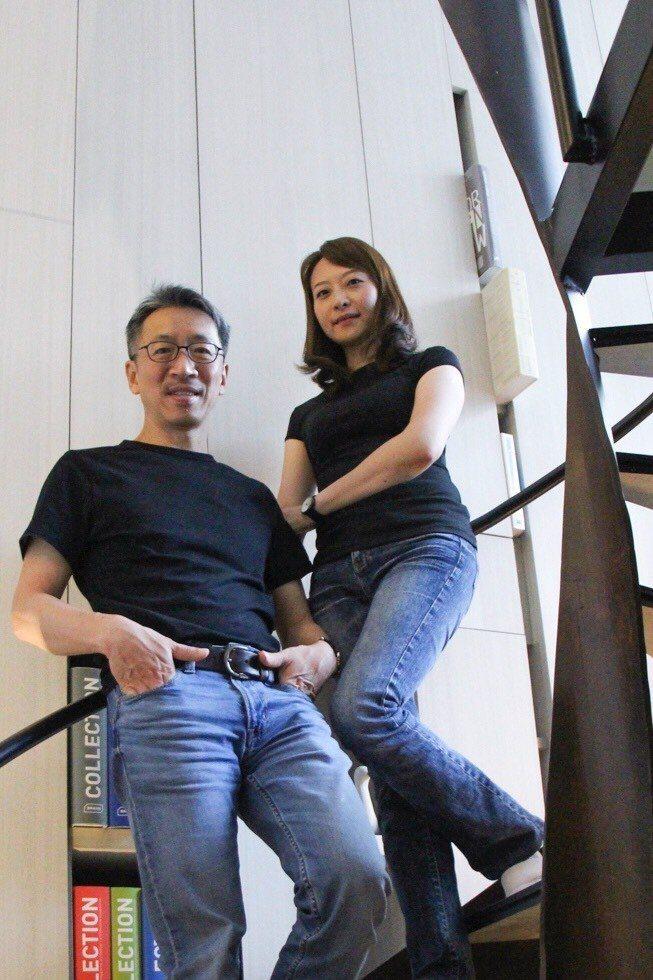 獲獎眾多的好適設計共同主持人何俊毅(左)與廖亮宜(右)設計師,新一年的計畫令人期...