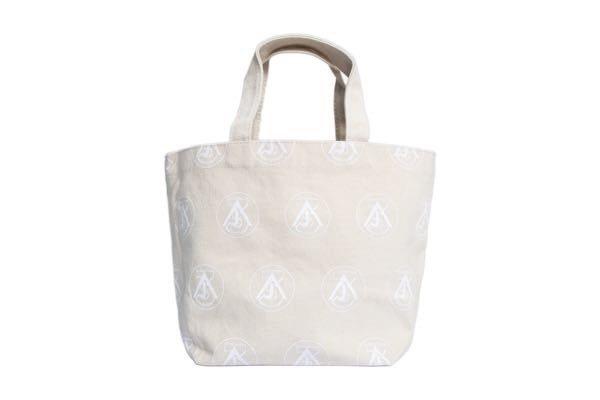 蕭敬騰提供的購物袋。圖/經紀人提供