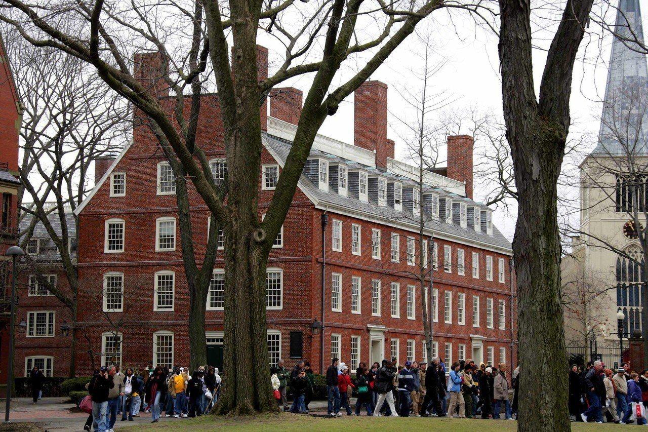 哈佛大學校園。 新華社照片