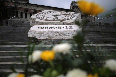 汶川地震十年:倖存司機與廣東記者的患難情