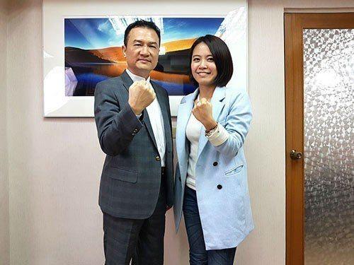 理財周刊發行人洪寶山(左)、江湖人稱S姐(右)650
