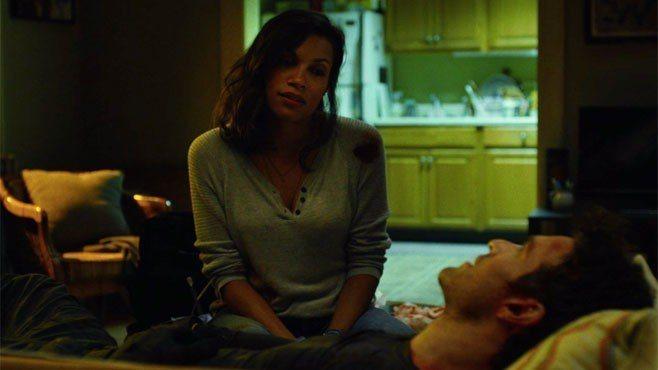蘿西莉歐道森在漫威「夜魔俠」等影集中出現,是串連各劇的重要人物。圖/摘自imdb