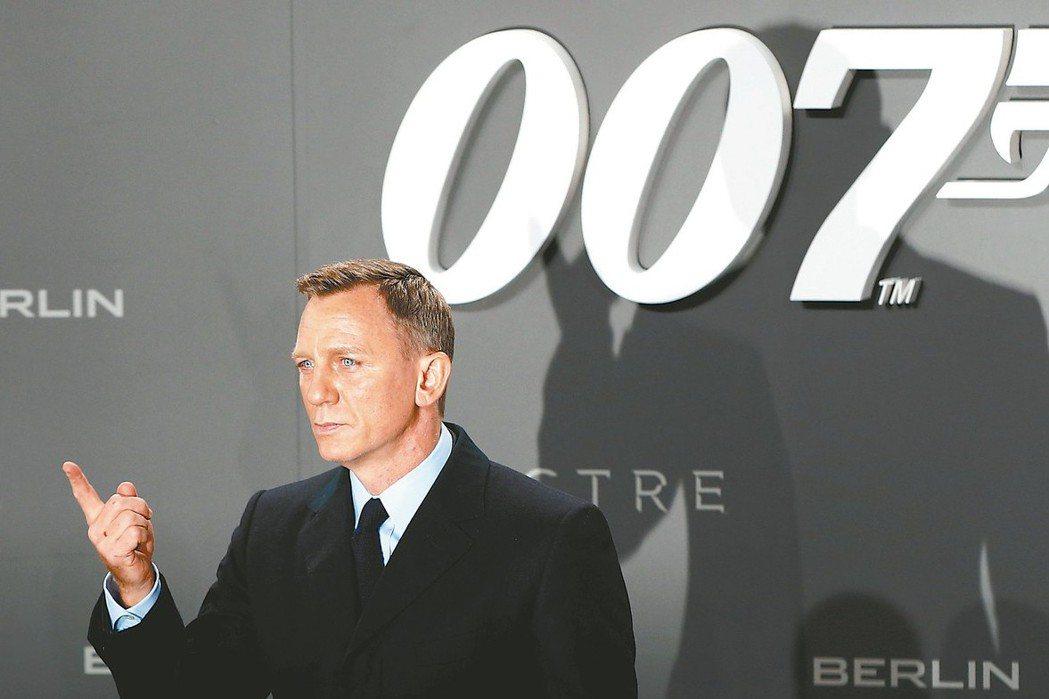 丹尼爾克雷格主演007系列第25集的片酬高達2500萬美元,傲視全好萊塢。 路透
