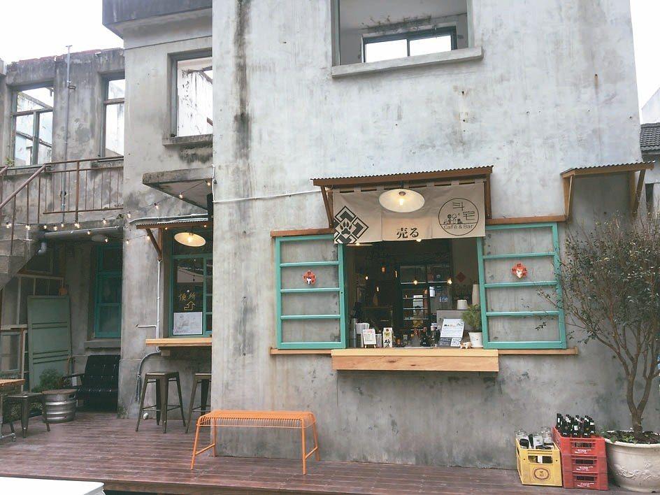 店家充滿特色,處處都是打卡景點。 記者徐庭揚/攝影