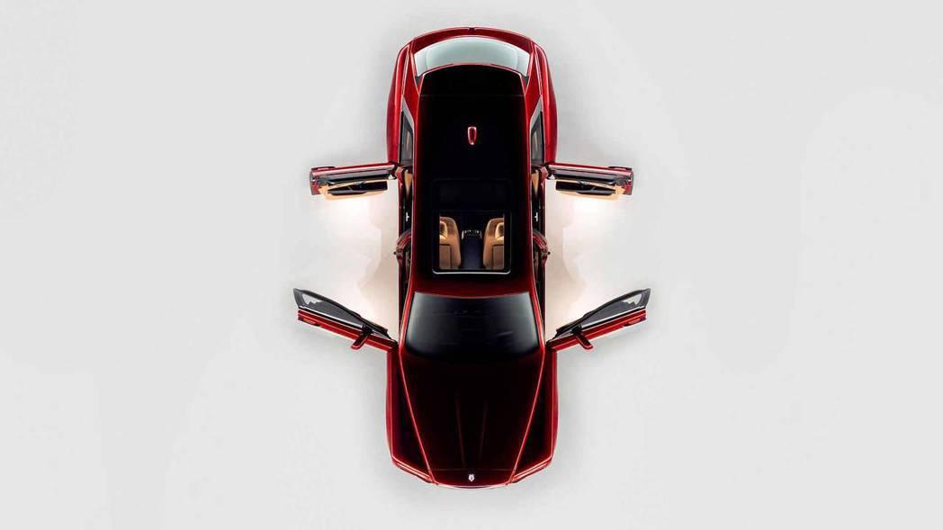 Rolls-Royce Cullinan採用對開式車門設計。 摘自Rolls-Royce