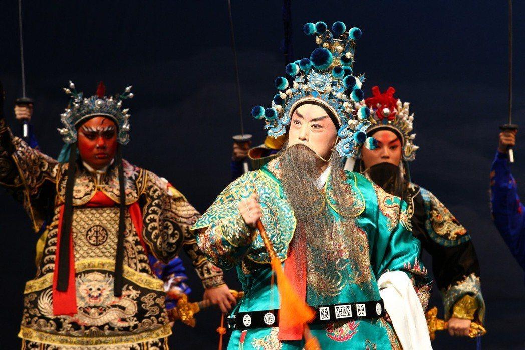 李寶春精演新老戲《渭南之戰》。 台北新劇團/提供
