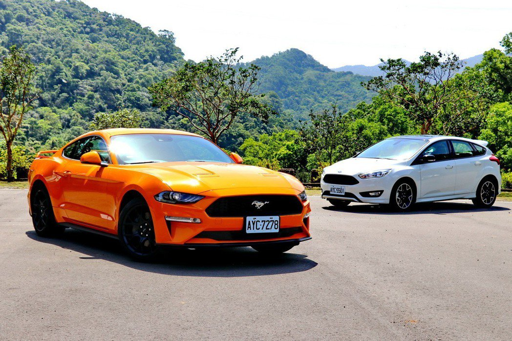 Ford Mustang及Focus黑潮特仕版都搭載著福特引以為傲的Ecoboost動力科技。 記者陳威任/攝影