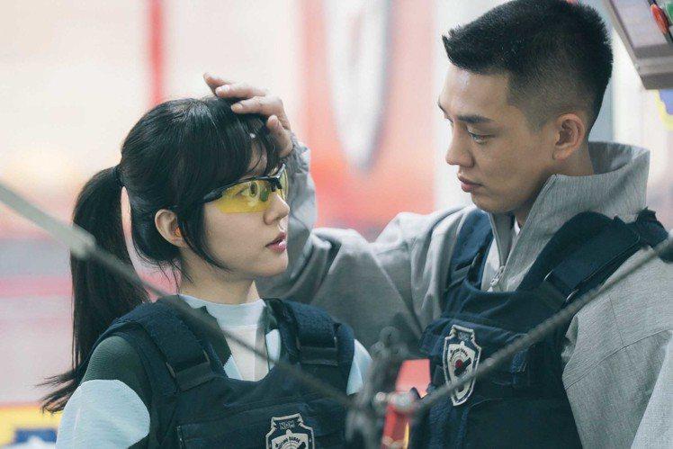 林秀晶暌違13 年重返電視劇,據說都是為了劉亞仁。圖/東森提供