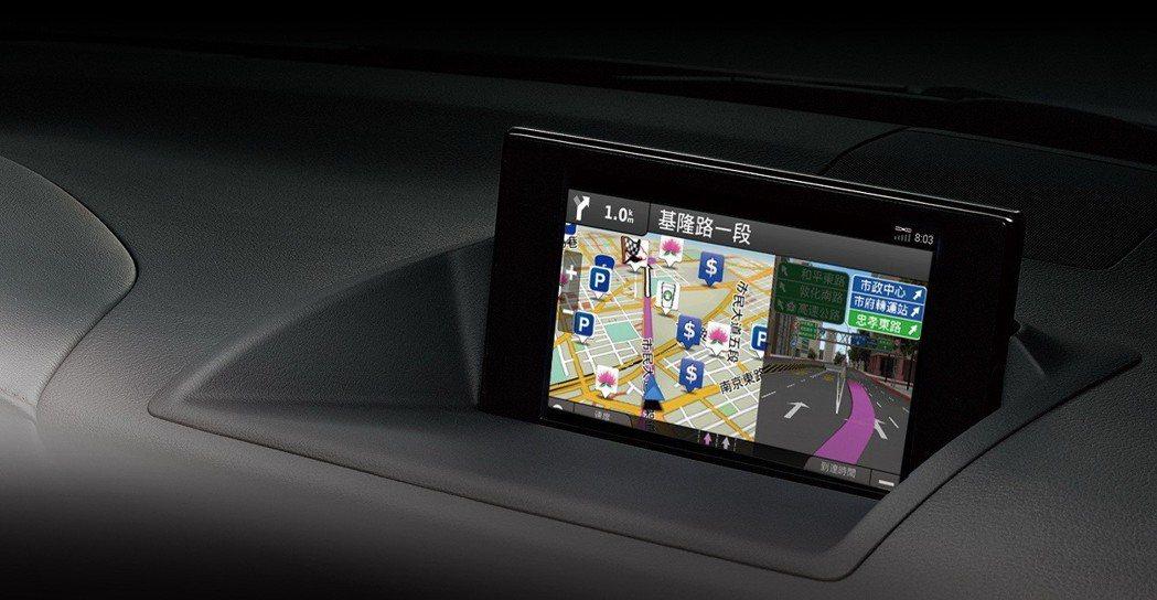 限量領航勁化版特仕車,標準搭載價值共10萬元的4核心導航影音系統。 圖/和泰汽車提供