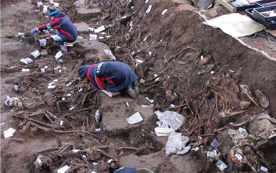 濟州四三事件的受難者遺骨挖掘,直到2008年——也就是慘案後的60年——才正式啟...