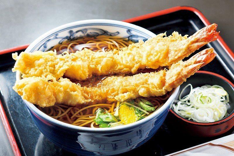天ぷらそば(天婦羅蕎麥麵)¥1080/超出碗公的大炸蝦,份量十足。