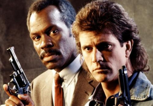 「致命武器」曾經捧紅梅爾吉勃遜(右)。圖/摘自imdb