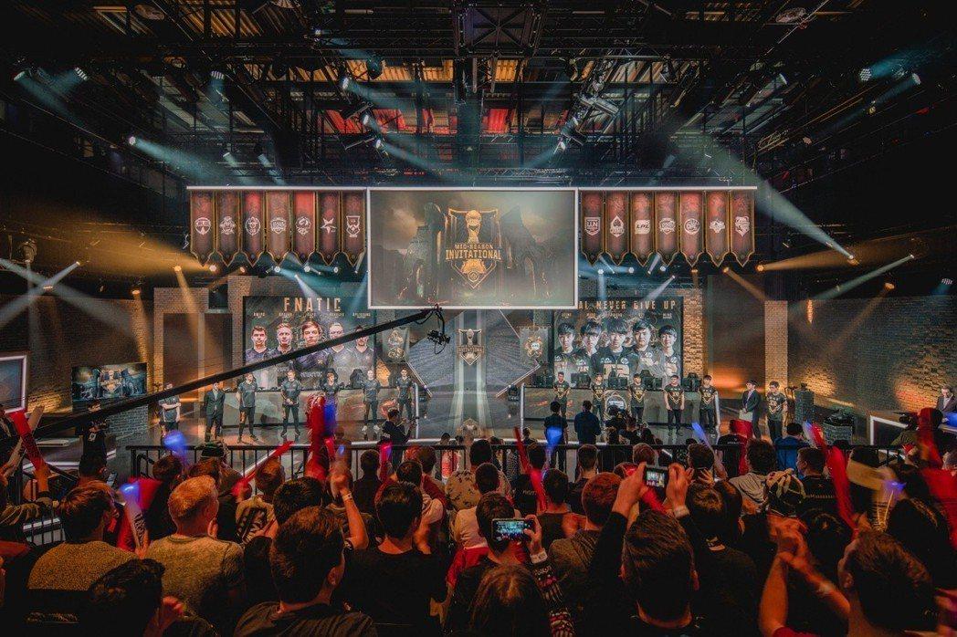 2018《英雄聯盟》MSI 季中邀請賽小組賽結束,RNG 以第一名前進巴黎,FW...