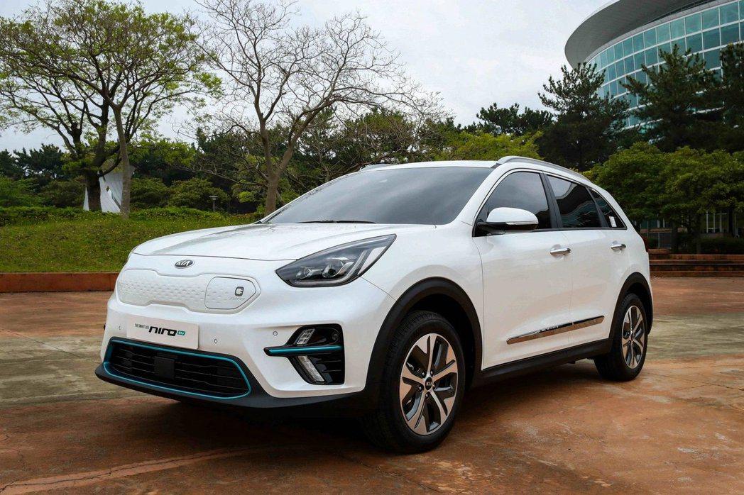 量產版Kia Niro EV日前正式於韓國現身。 摘自Kia