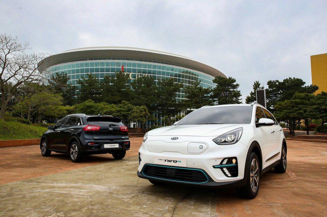 Kia Niro EV在成真後,讓Hyundai-Kia集團一下子就有兩款電動休旅,增添了不少的競爭力。 摘自Kia