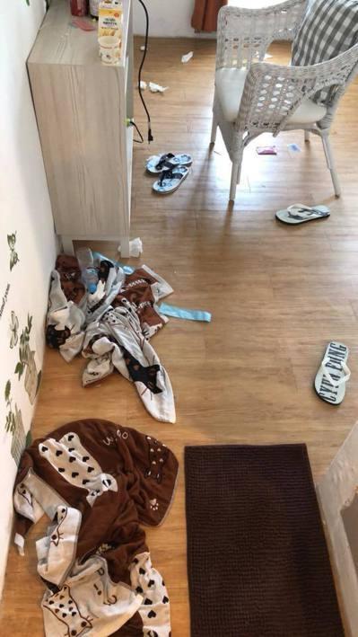 反觀台灣人住過的房間髒亂不堪。 圖/擷取自「爆怨公社」