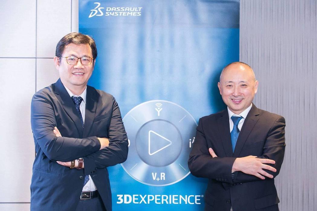 達梭系統大中華區總裁張鷹(右)認為台灣地方政府投入智慧製造、城市的執行力相當強,...