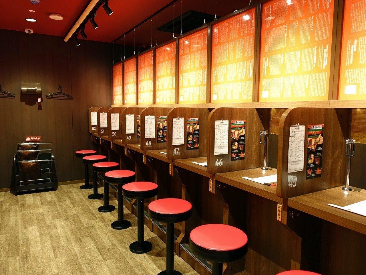 一號店別館提供52個座位區。記者張芳瑜/攝影
