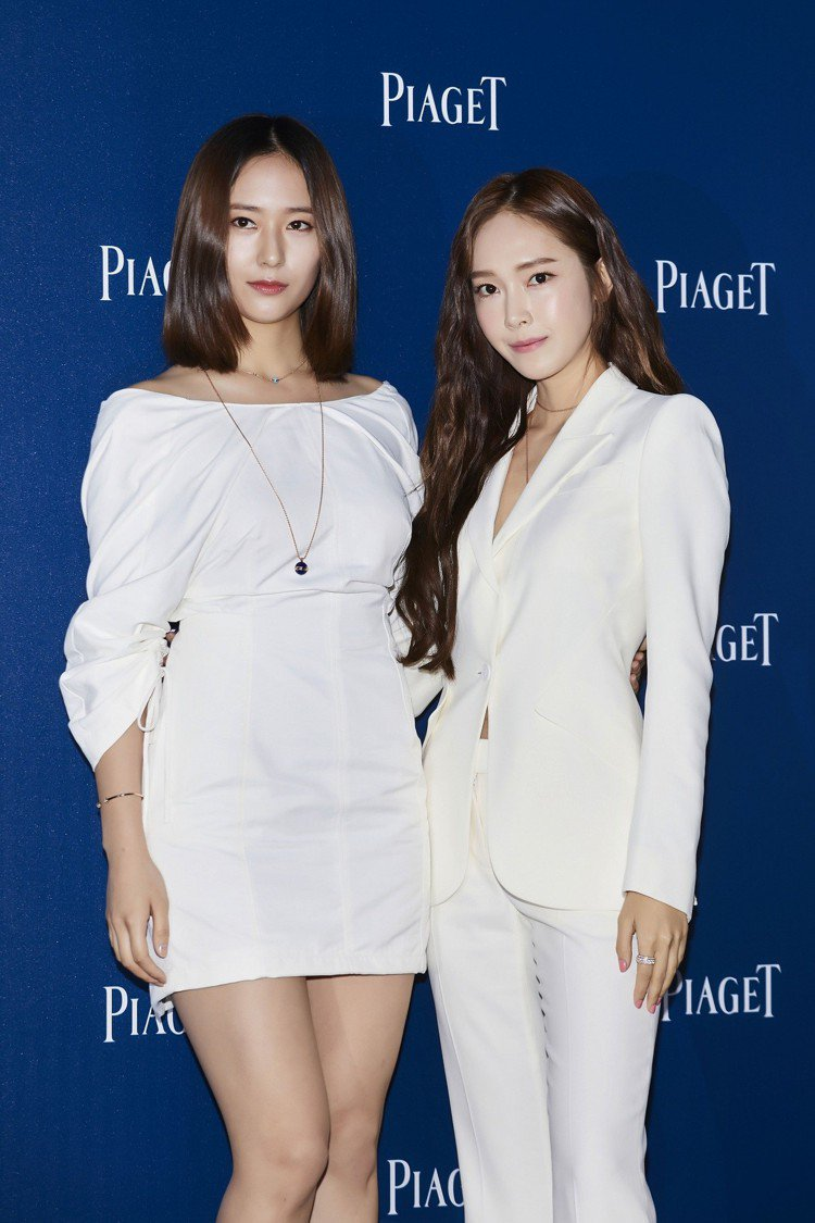 Jessica和Krystal這對韓國演藝界的知名姐妹檔難得同框。圖/伯爵提供
