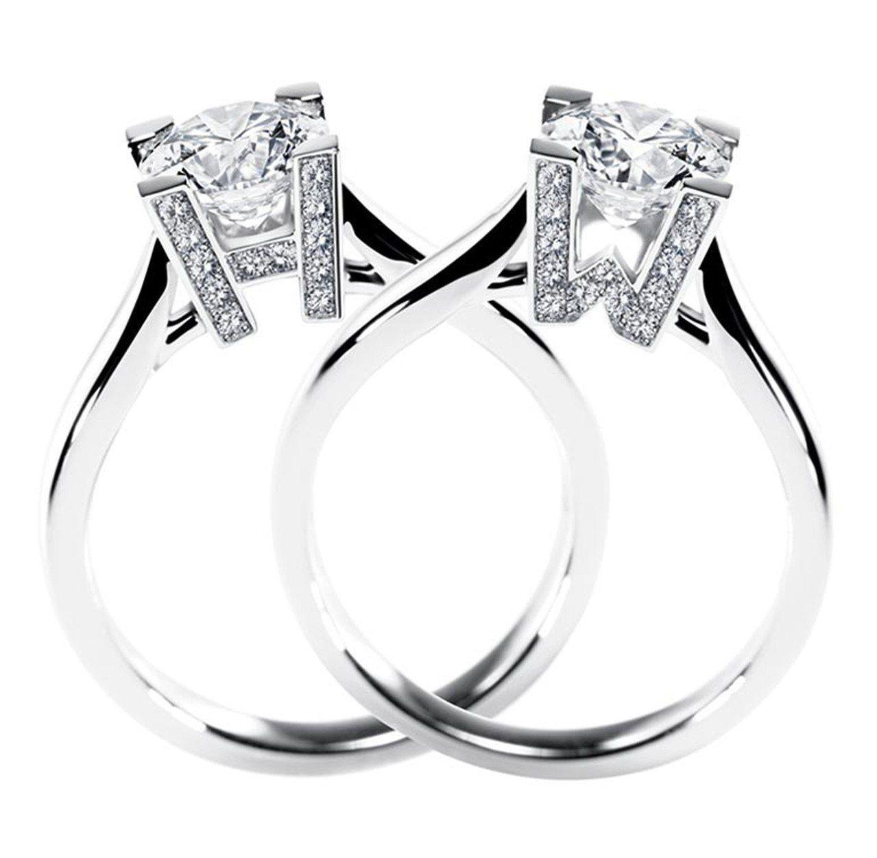 H.W. LOGO 系列鑽石婚戒,主石共有0.5、0.7與1.0克拉三種量可選,...