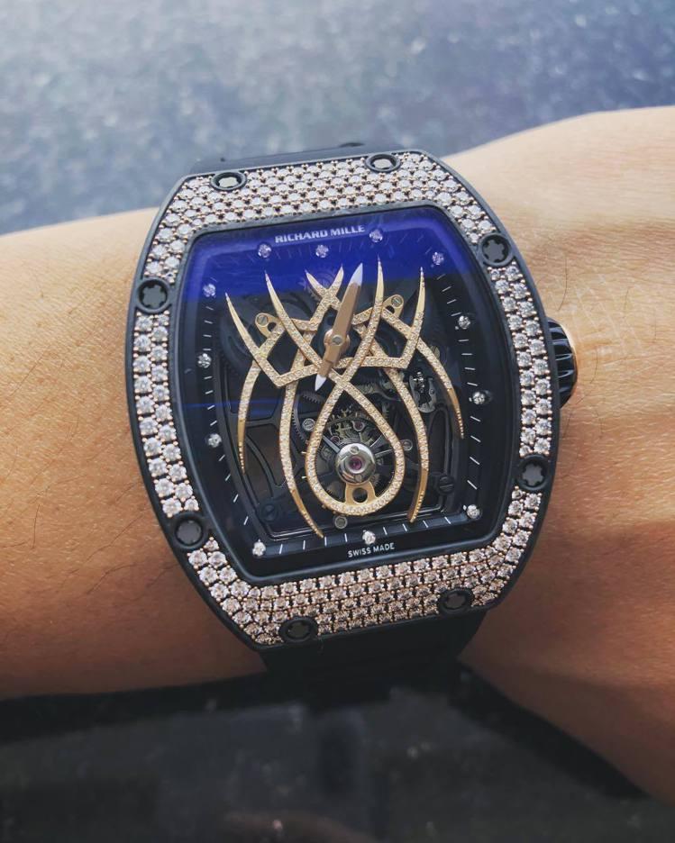 黃子韜在自己的instagram上分享了購買Richard Mille RM 1...