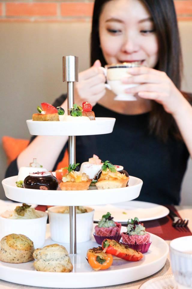 誠品行旅跨界聯名TWININGS唐寧茶推出巴洛克花園雙人午茶,每日限量。圖/記者...