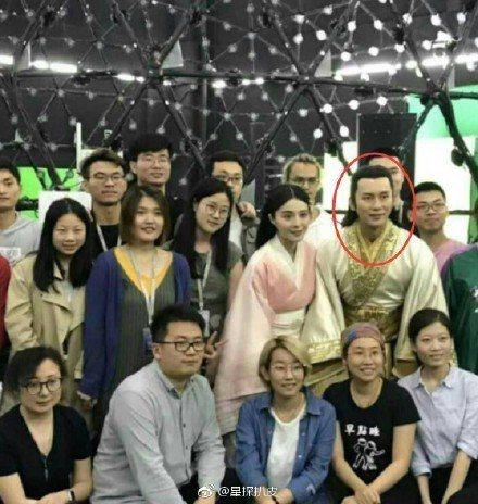 李晨被爆為救援女友范冰冰,取代高雲翔演出「巴清傳」。圖/摘自微博