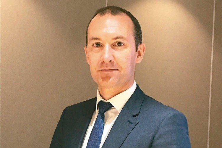 富達全球入息基金經理人羅柏斯(Daniel Roberts)指出,高息股更能因應...