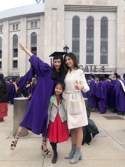 網紅畢業生張大碗子,玩抖音擁200萬粉絲。記者和釗宇/攝影