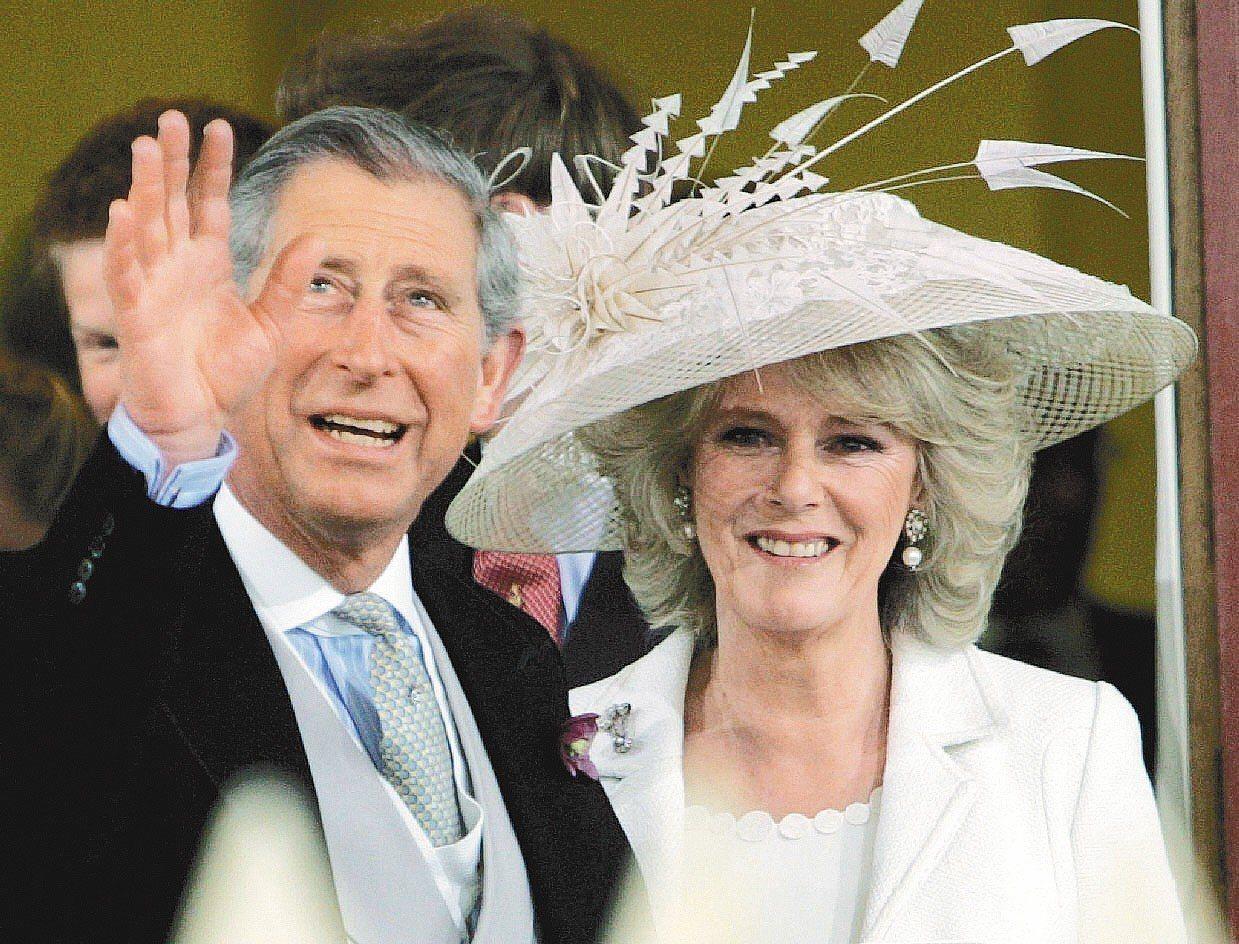 查爾斯王子(左)。歐新社