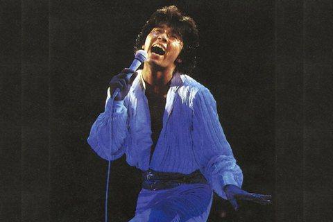 1981年,西城秀樹武道館演唱會的錄影帶封面。 圖/西城秀樹官方網站
