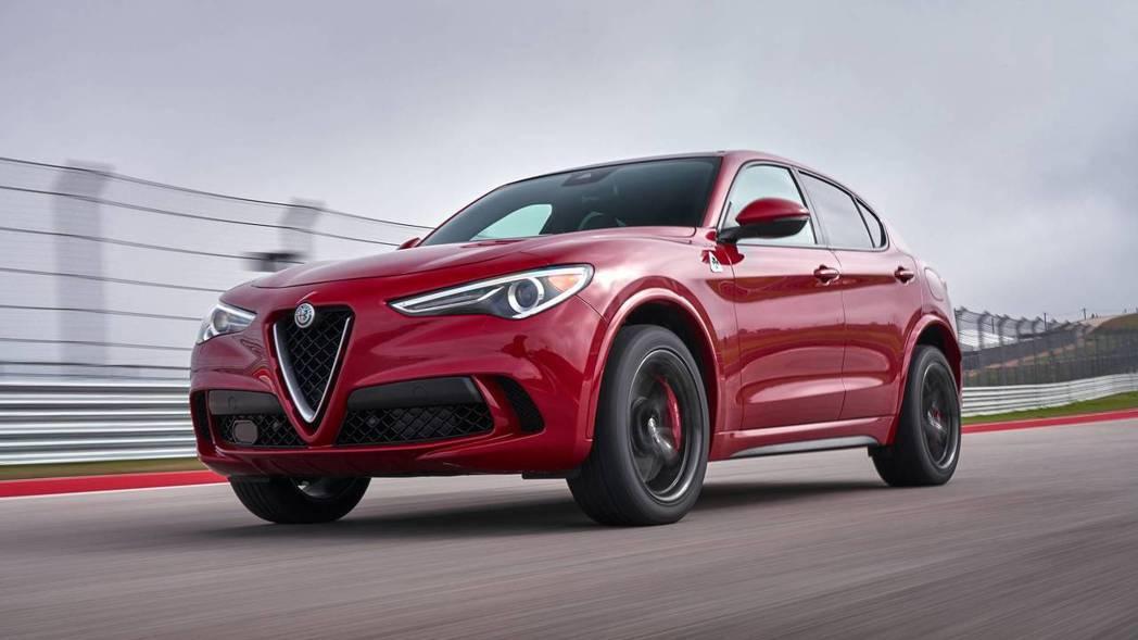圖為Alfa Romeo Stelvio Quadrifoglio。 摘自Alf...