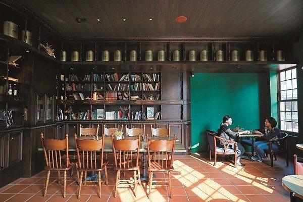 走進ASW Tea House,時空彷彿慢了半拍,悠閒步調讓你能夠細細品茗。(攝...