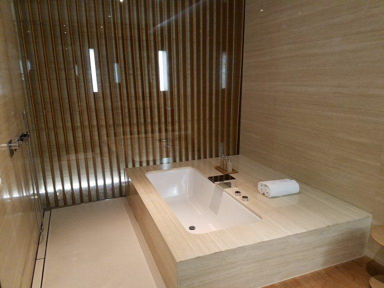 浴缸與淋浴設備 圖文來自於:TripPlus