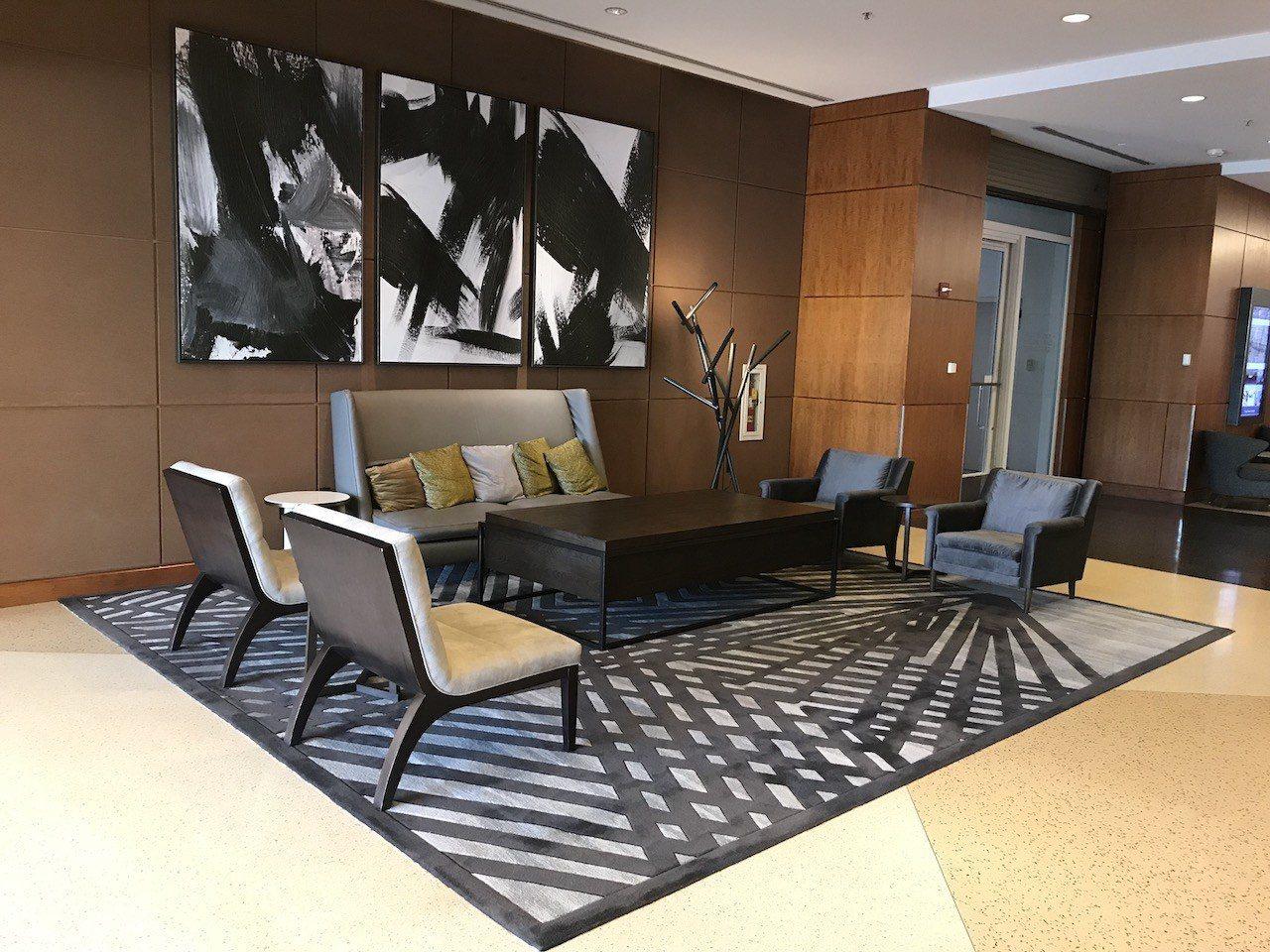 整個大廳有好多這樣區塊的休息區,令人感到舒服 圖文來自於:TripPlus