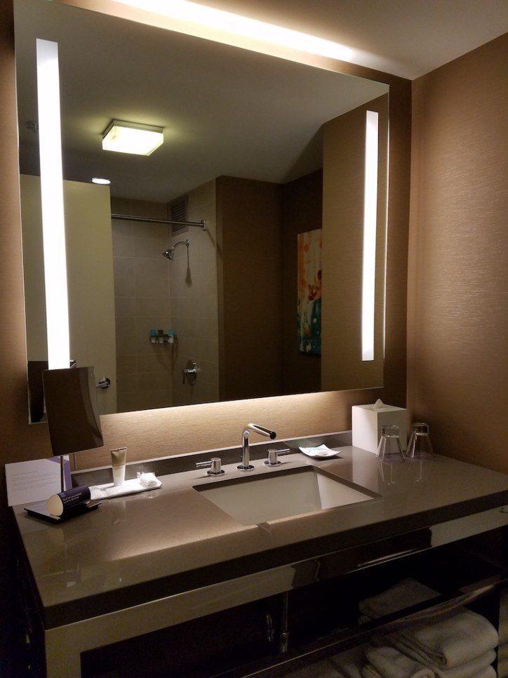 比較可惜連套房都還是只有單水槽(TripPlus北美奢華旅遊作家Sharon看到...