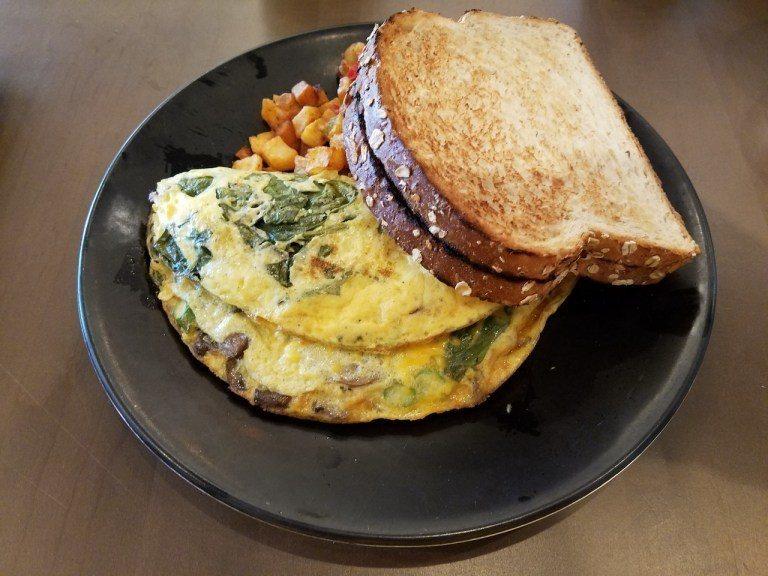 這是主編點的早餐,是單點Omelete!果然是貴客中的貴客~(再次點播金包銀)口...
