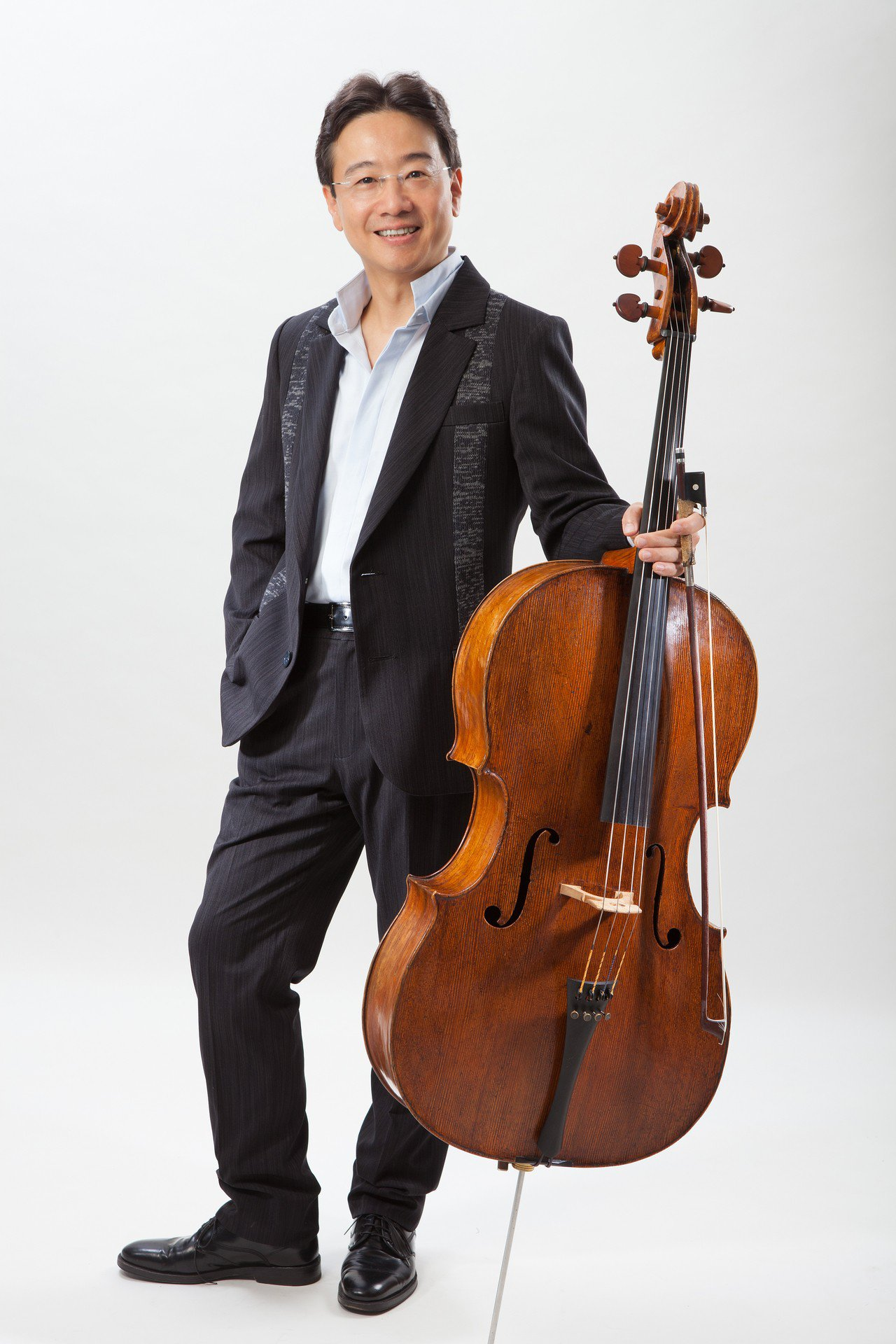 大提琴家張正傑舉辦大提琴獨奏會「隨著音樂跟張正傑遊歐洲」,帶著大家來一趟聽覺旅行...