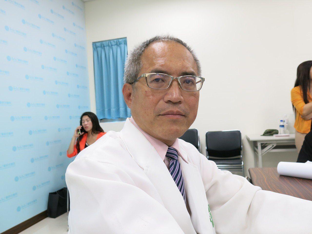 童綜合急診部執行長盧立華表示,上兵秦良丰的恢復情況超乎預期良好。記者黑中亮/攝影