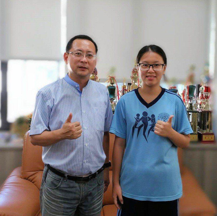 楊舒雯錄取中央大學。圖/學校提供