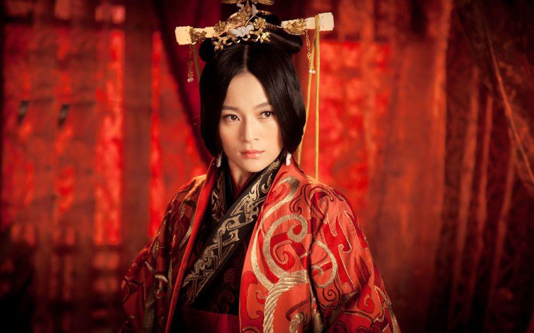 王媛可在「秀麗江山長歌行」中飾演東漢開國皇帝第一任皇后。圖/中天提供