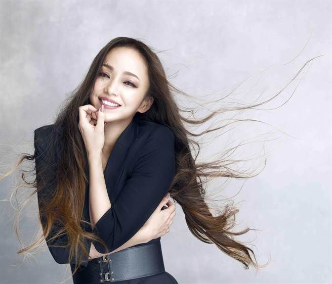 安室奈美惠擔任化妝品牌代言人。圖/Visee提供