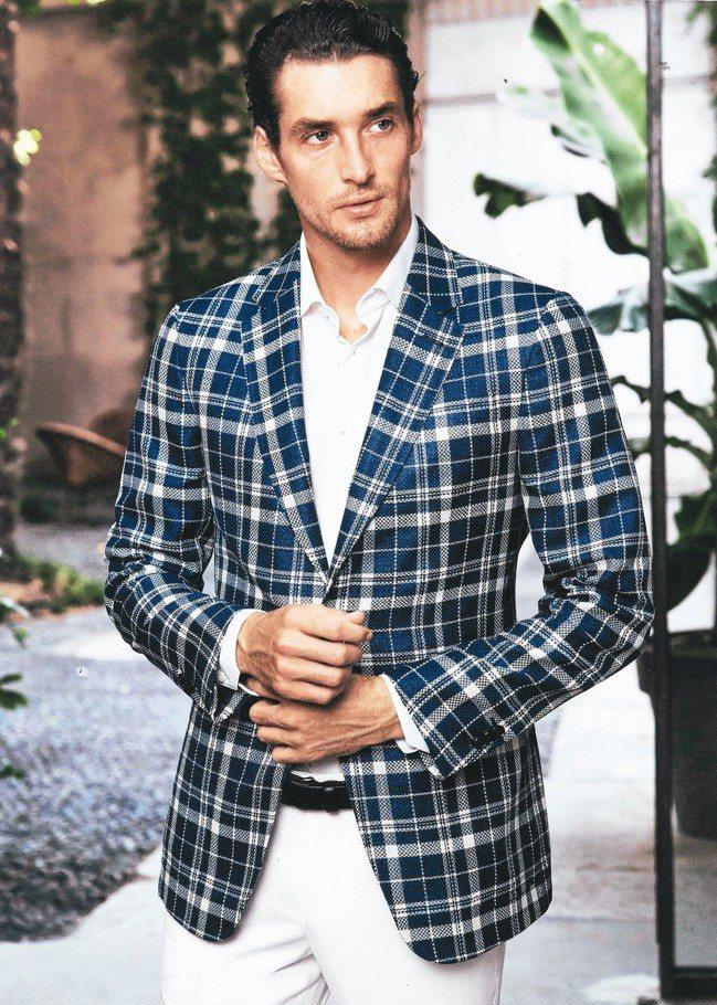 紳裝西服公司秉持著「把簡單的事情究磨到極致,讓普通的事物昇華到藝術」的精神,成為...