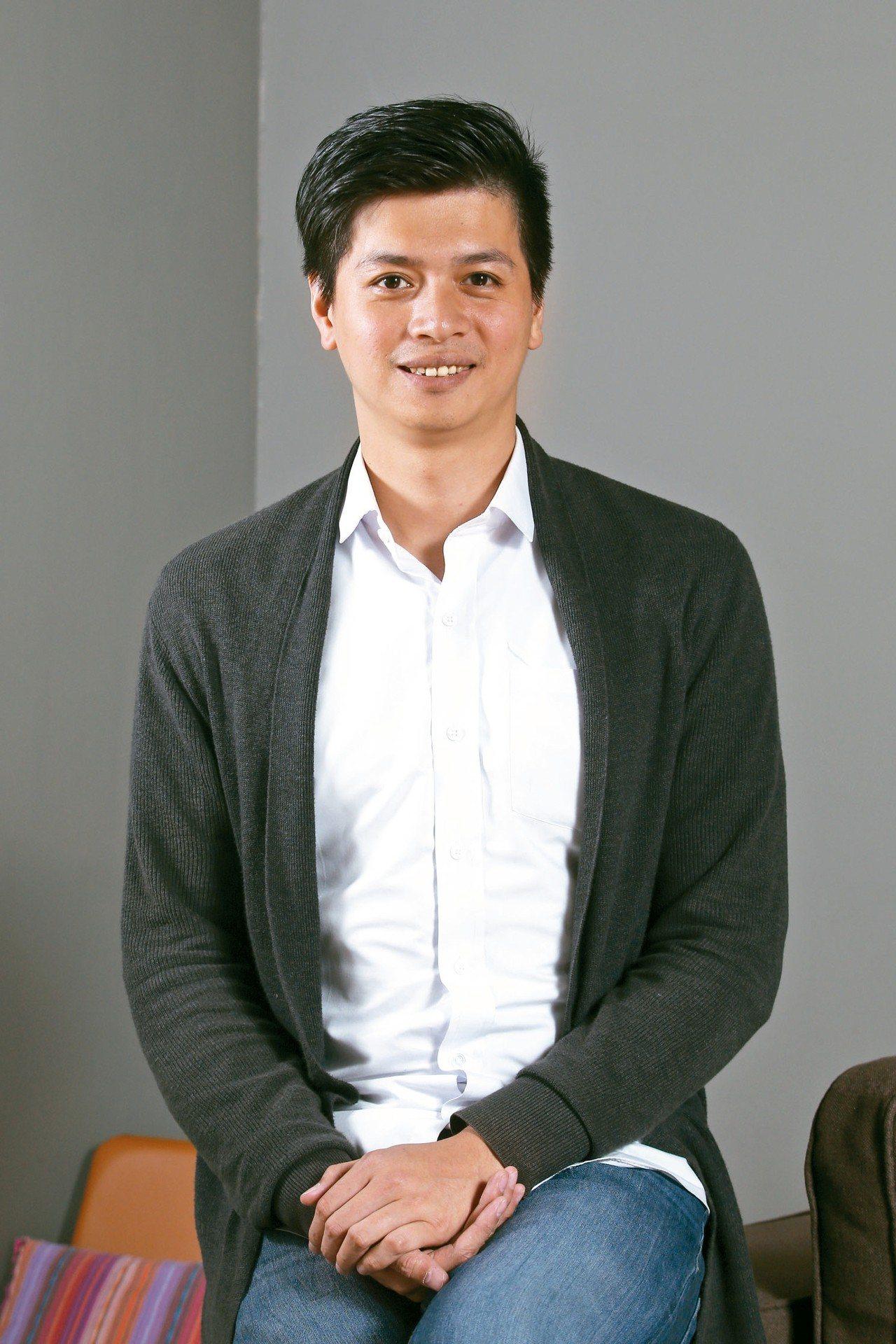 茶籽堂總經理趙文豪表示,茶籽堂融合在地職人手藝,發展出肖楠葉、水芙蓉、青蜜和荷葉...